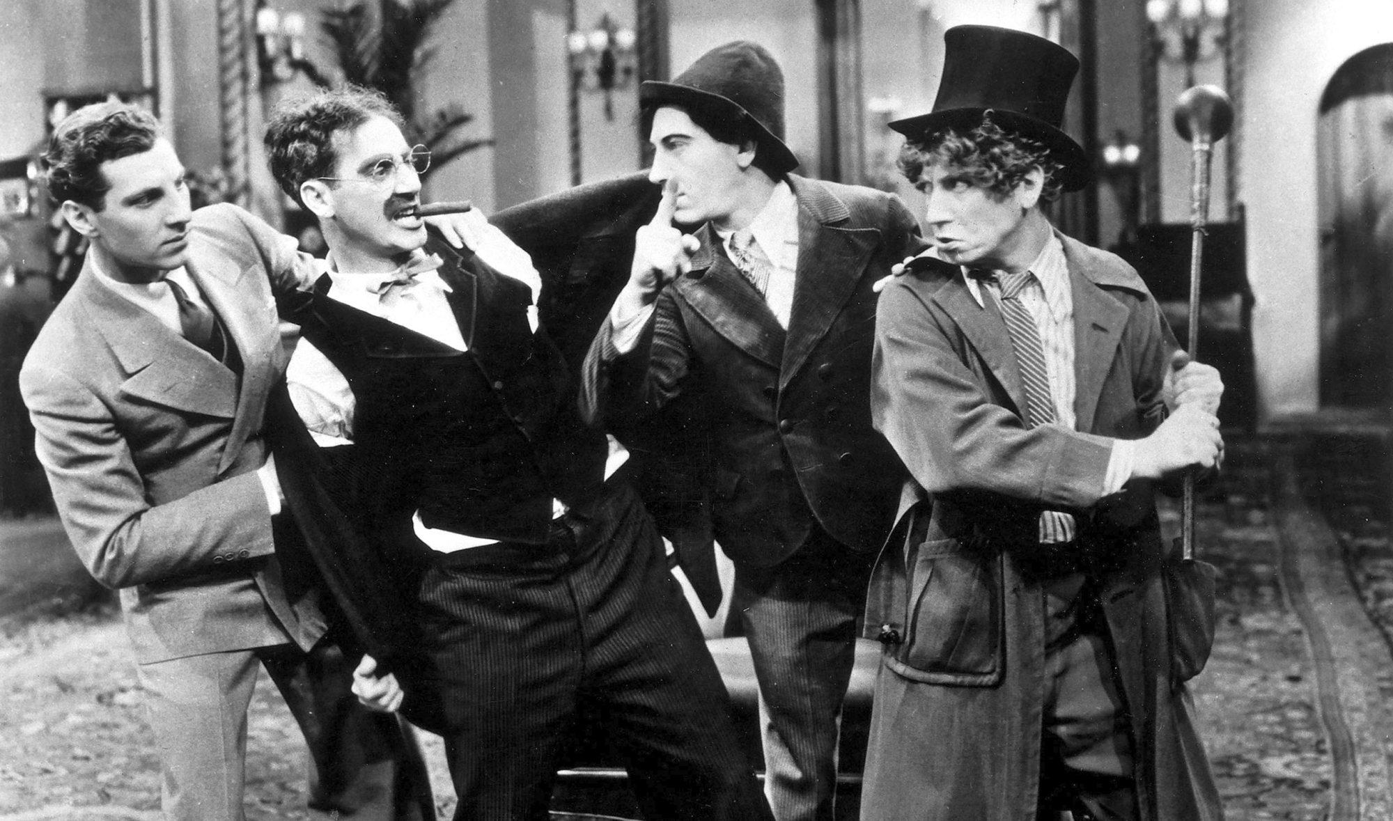 Filmszene aus Die Marx Brothers im Krieg