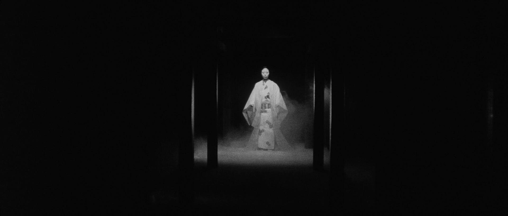 Filmszene aus Kuroneko